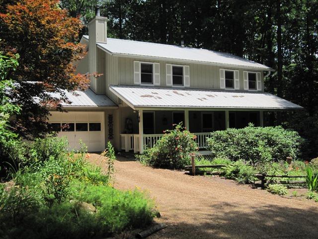 Частный односемейный дом для того Продажа на 725 Billy Cabin Road Highlands, Северная Каролина 28741 Соединенные Штаты