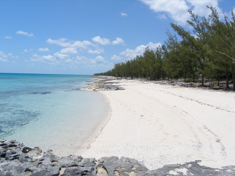 Terreno per Vendita alle ore Acreage For Sale James Cistern, Eleuthera, Bahamas