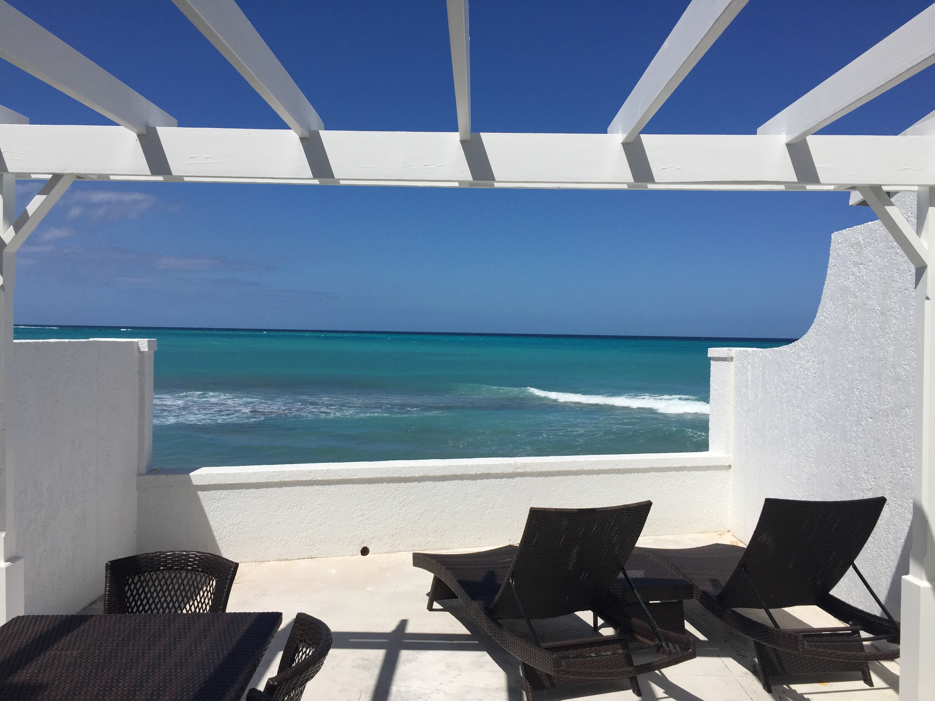Additional photo for property listing at Delaporte Point, Cable Beach Cable Beach, Nassau And Paradise Island Bahamas