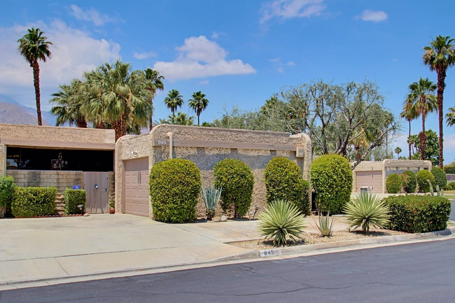 共管式独立产权公寓 为 销售 在 845 North Calle De Flora Vista Palm Springs, 加利福尼亚州 92262 美国