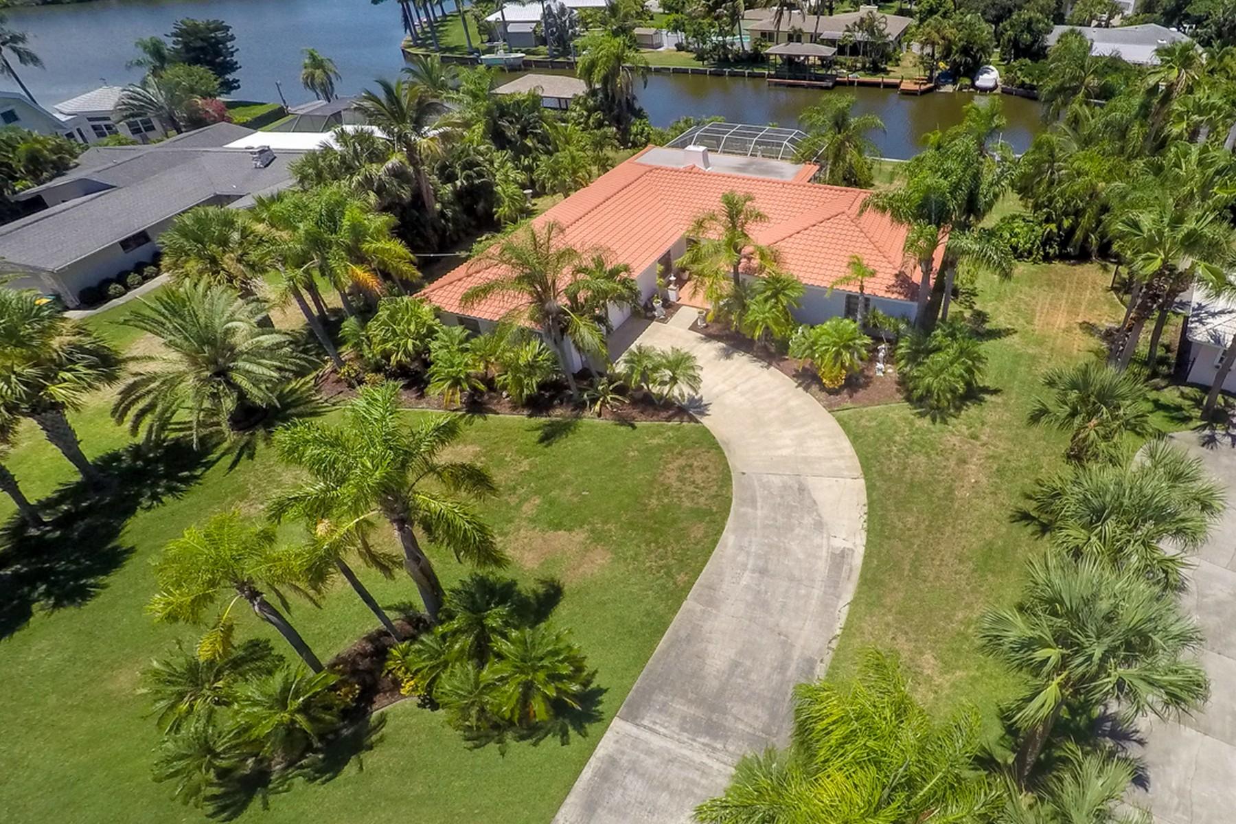 Maison unifamiliale pour l Vente à 410 Ross Avenue Melbourne Beach, Florida, 32951 États-Unis