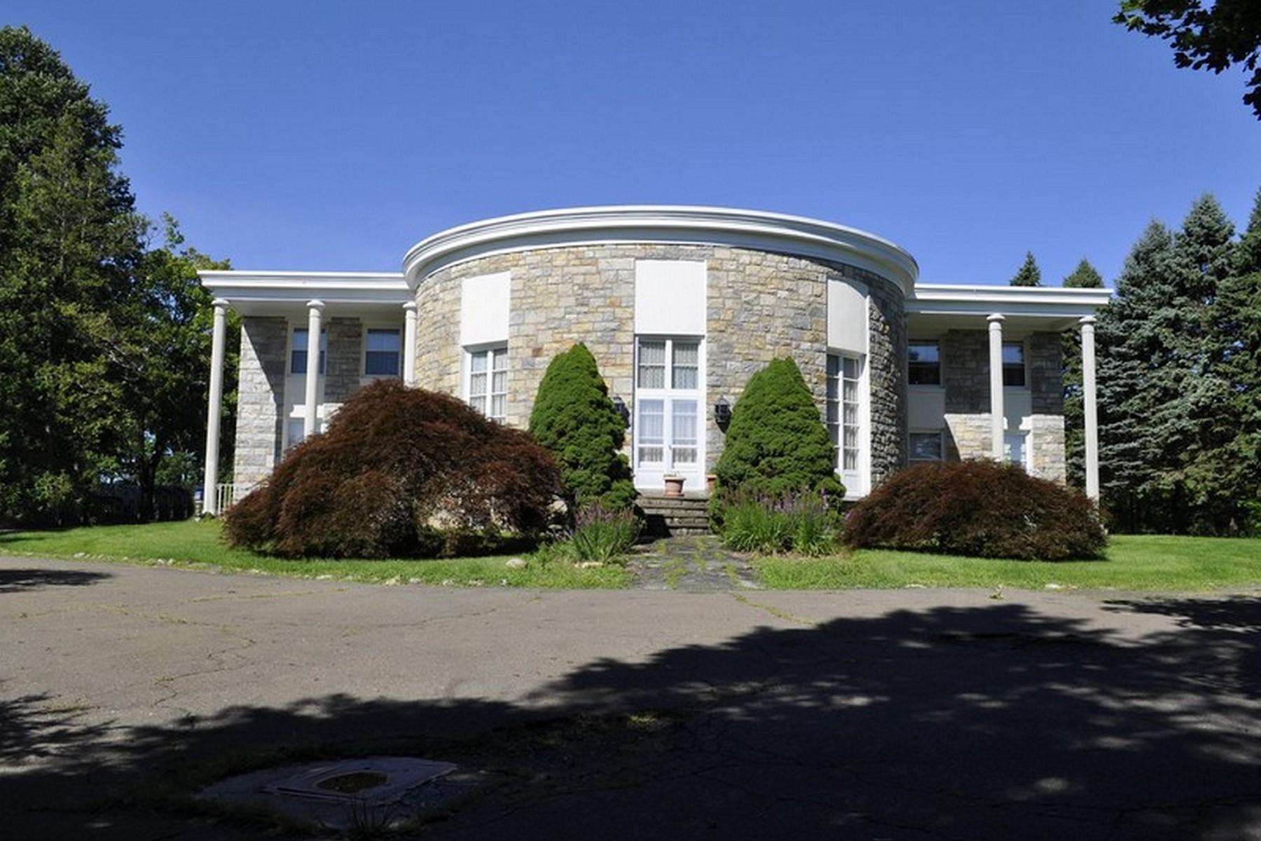 独户住宅 为 销售 在 Lake Front Estate 1 North Gate Road Carmel, 纽约州 10512 美国