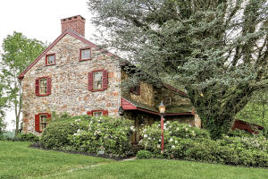 Single Family Home for Sale at 378 Hoods Lane West Grove, Pennsylvania, 19390 United States
