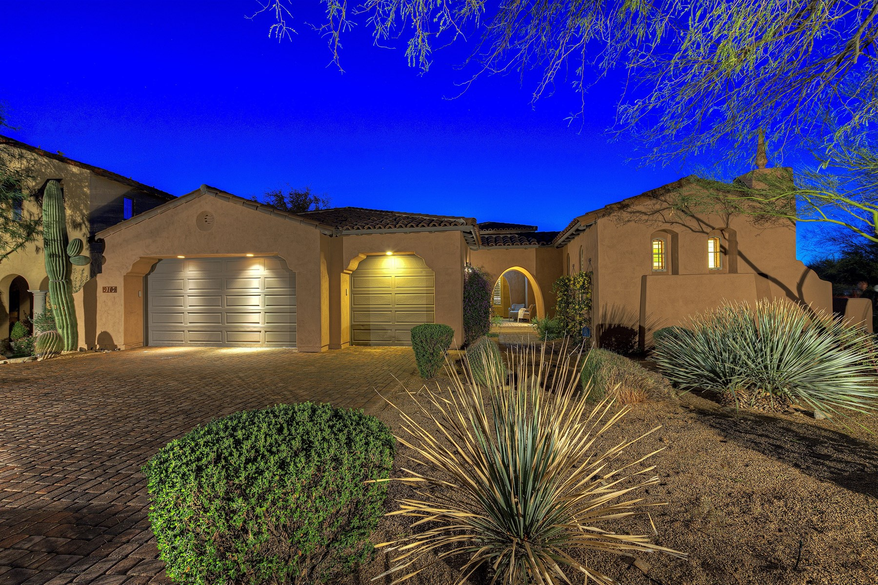 Single Family Home for Sale at Remarkable Private Camelot Home With Complete Privacy On Nearly 1/4 Acres 9104 E Mountain View Rd Scottsdale, Arizona 85255 United States