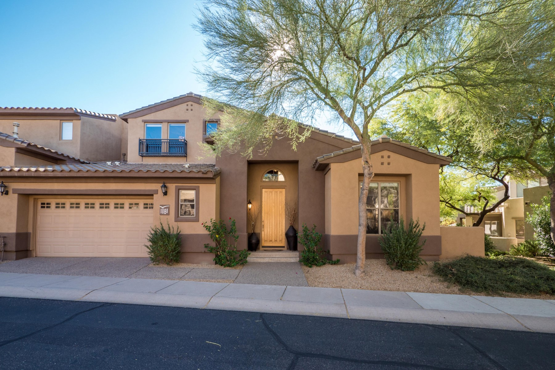 Townhouse for Sale at Gorgeous and rarely listed Merlin model in Grayhawk 20802 N Grayhawk Dr 1181 Scottsdale, Arizona, 85255 United States