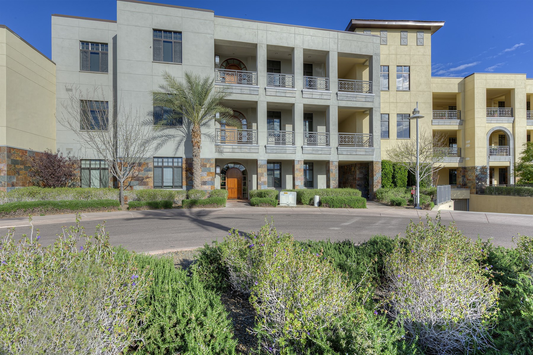 Condominium for Sale at Breathtaking - One Of A Kind - Penthouse Condo In Two Biltmore Estates 2 Biltmore Estates #314 Phoenix, Arizona 85016 United States