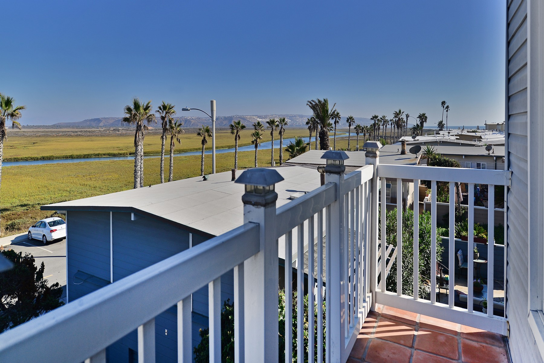 Additional photo for property listing at 1548 Seacoast Dr.  Imperial Beach, Калифорния 91932 Соединенные Штаты