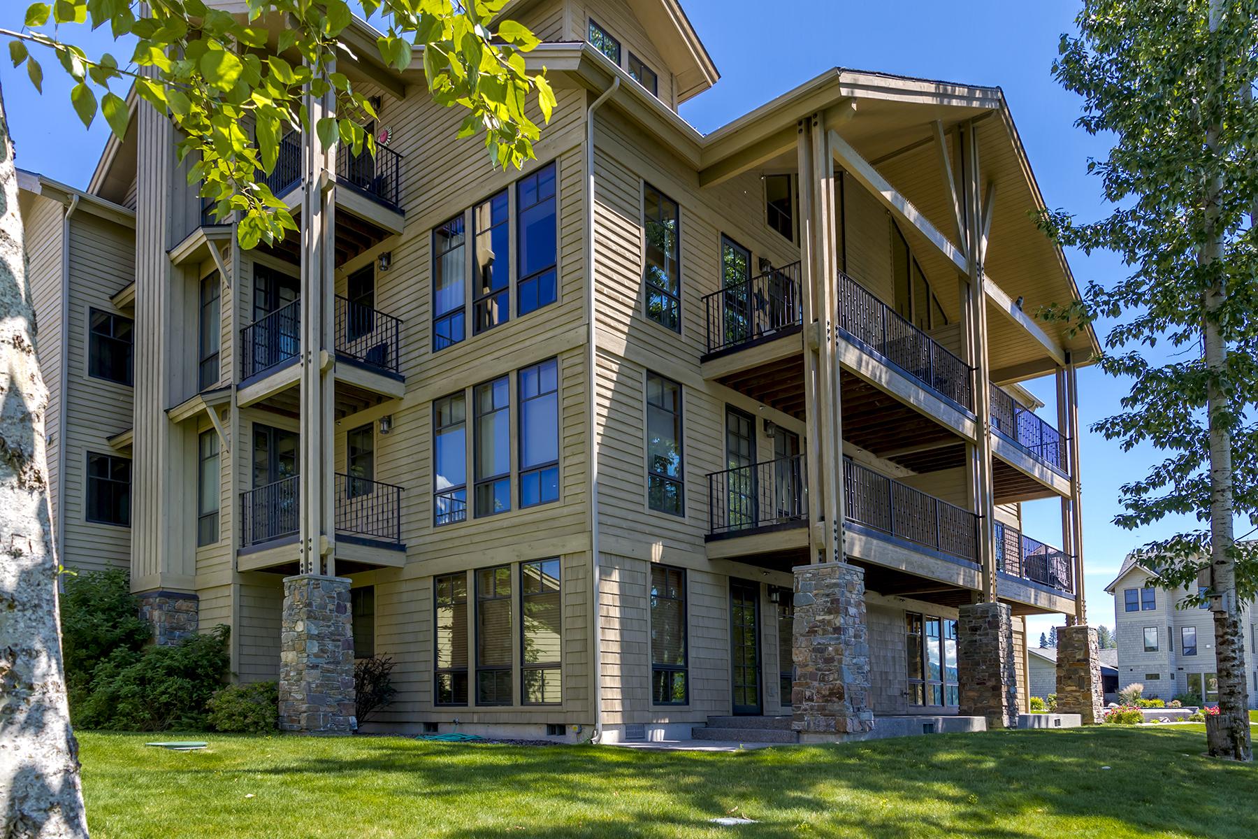 Nhà chung cư vì Bán tại One of a kind waterfront condo 653 Dover Bay Parkway Unit #803 Dover, Idaho, 83825 Hoa Kỳ