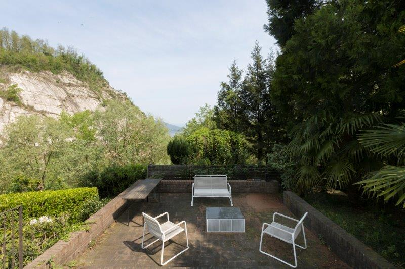 Additional photo for property listing at Exclusive villa on Lake Maggiore Via Alla Rocca Arona, Novara 28041 Italia
