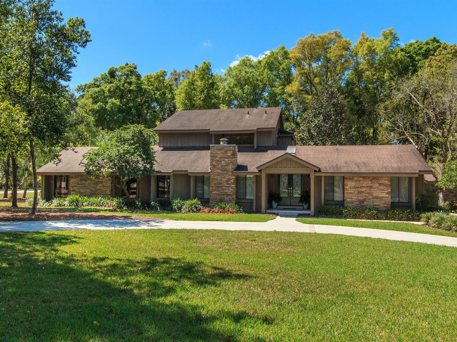 Maison unifamiliale pour l Vente à Longwood, Florida 87 Wisteria Drive Longwood, Florida 32779 États-Unis