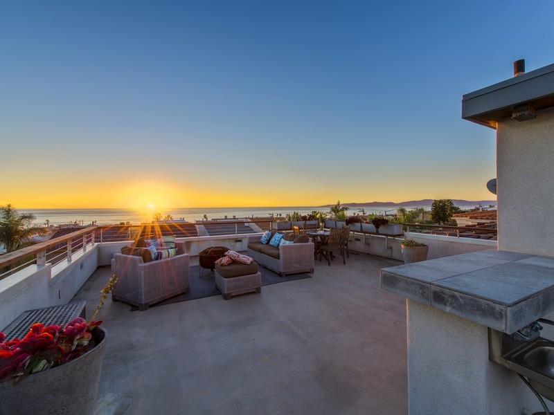 Duplex for Sale at Ocean View Duplex 1620 Monterey Blvd. Hermosa Beach, California, 90254 United States