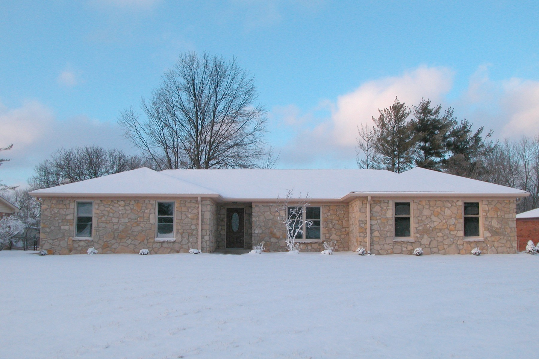 Single Family Home for Sale at Updated Expansive Stone Ranch 7802 Teel Way Indianapolis, Indiana 46256 United States