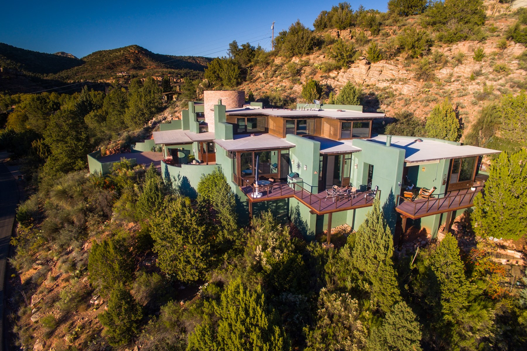 Casa Unifamiliar por un Venta en Embraced by peace and serenity at the base of Cathedral Rock 880 Back O Beyond Rd Sedona, Arizona, 86336 Estados Unidos