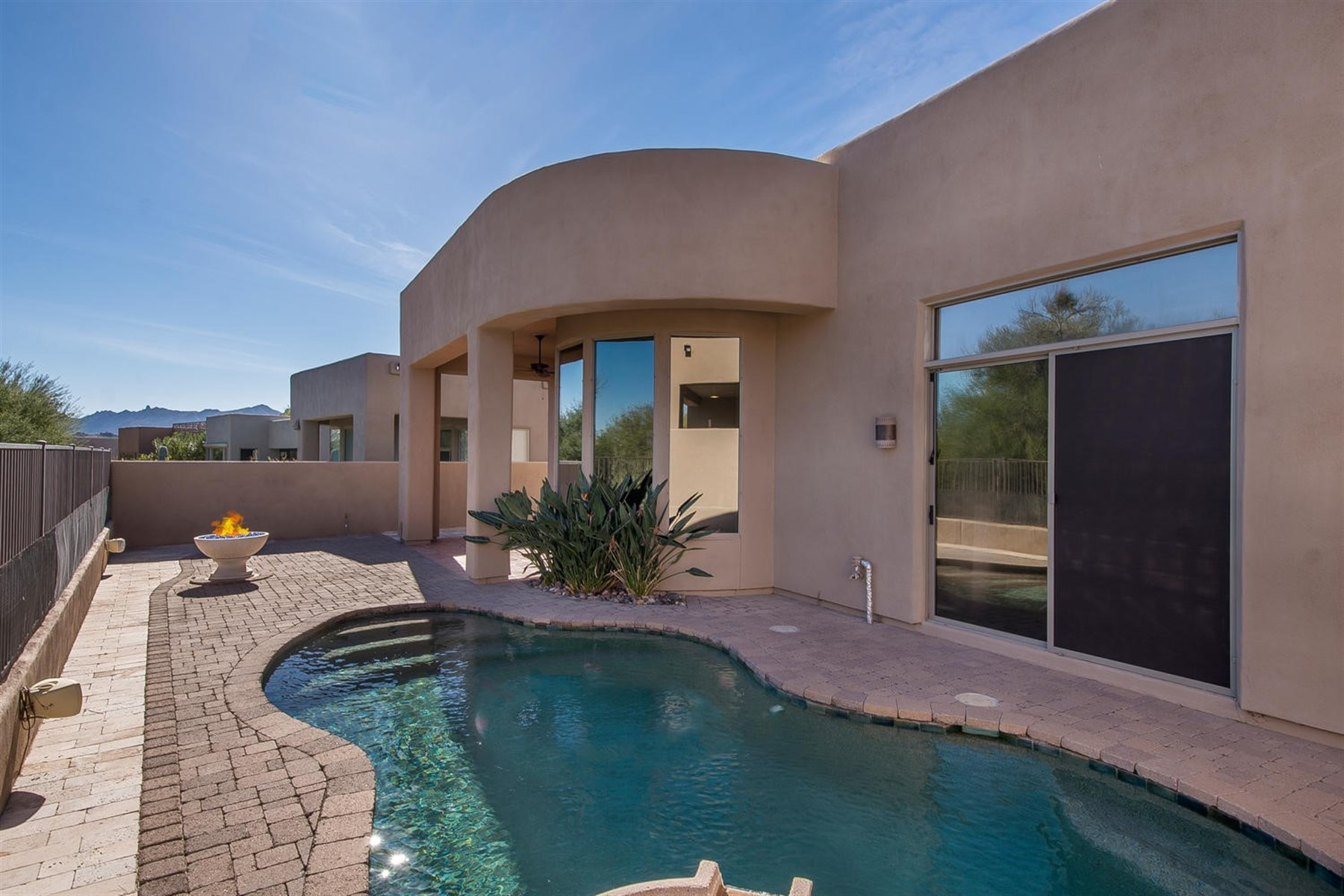 Einfamilienhaus für Verkauf beim Gated Pinnacle Canyon Las Ventanas Troon North 27969 N 108th Way Scottsdale, Arizona, 85262 Vereinigte Staaten