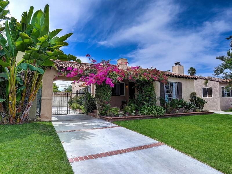Vivienda unifamiliar por un Venta en 1911 S Holt Ave Los Angeles, California 90034 Estados Unidos