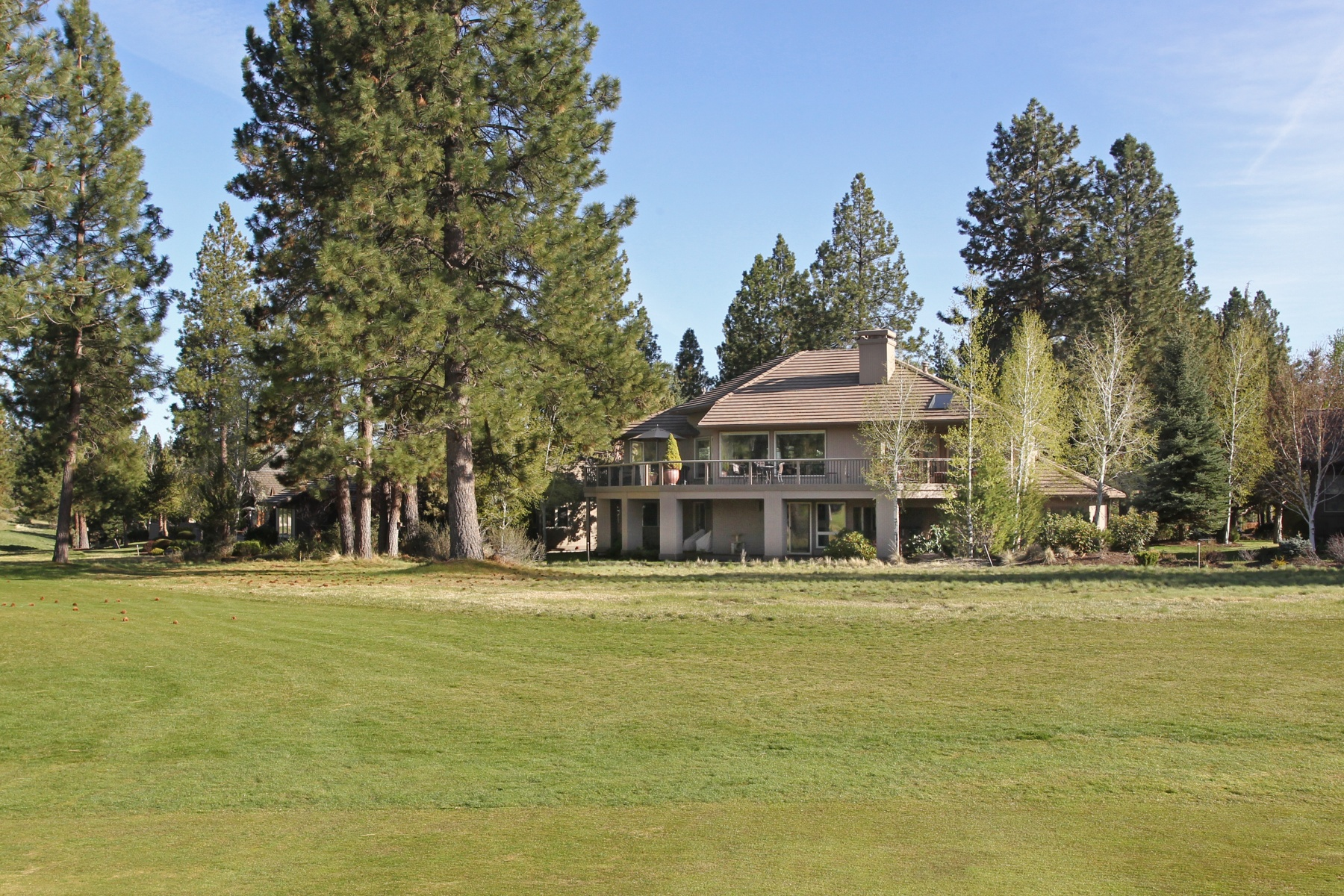Single Family Home for Sale at Broken Top 19562 Green Lakes Loop Bend, Oregon 97702 United States