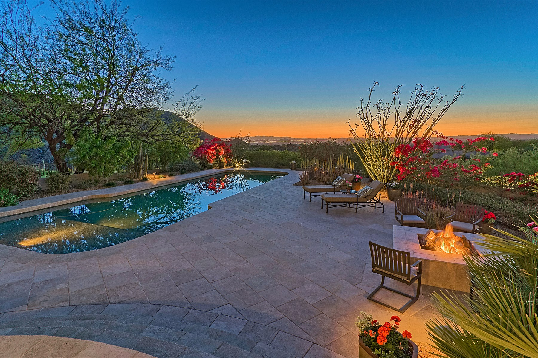 Single Family Home for Sale at Timeless territorial with endless views 10801 E Happy Valley Rd #124 Scottsdale, Arizona, 85255 United States