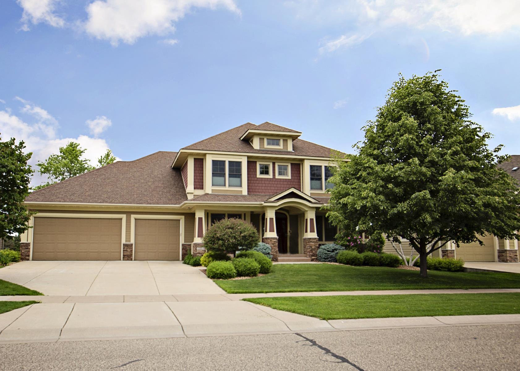 Moradia para Venda às 11014 Sweetwater Path Woodbury, Minnesota, 55129 Estados Unidos