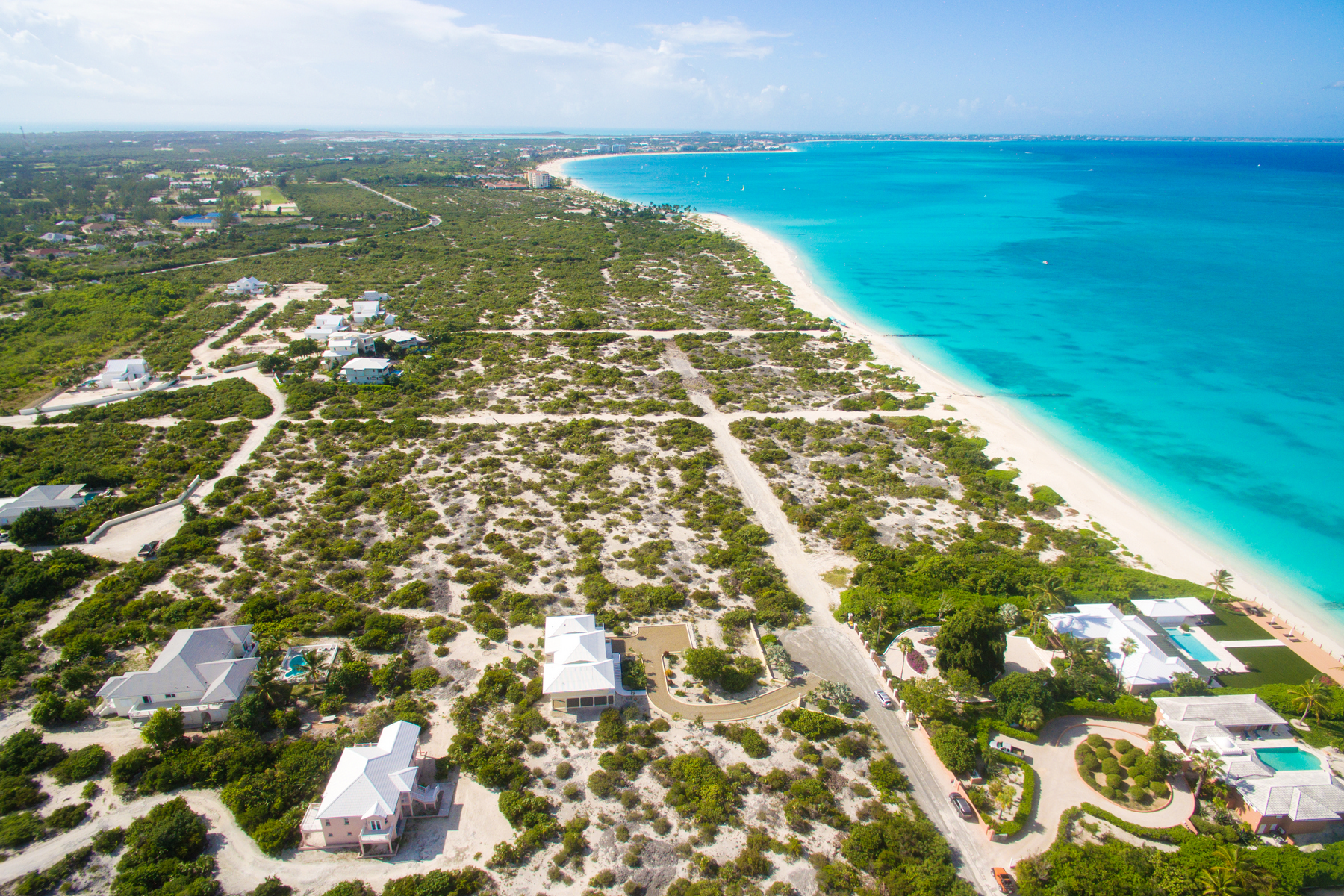 Additional photo for property listing at BEACH ENCLAVE GRACE BAY Design B Beachfront Grace Bay, Providenciales TCI Îles Turques Et Caïques