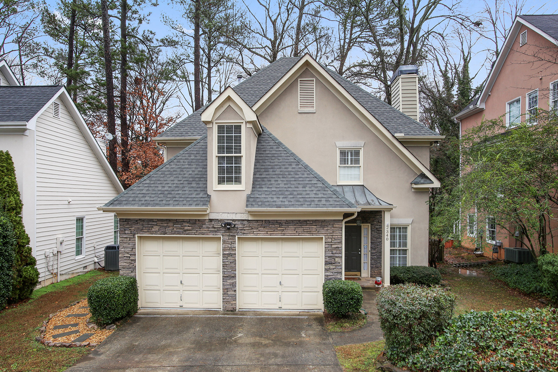 Single Family Home for Sale at Amazing Three Bedroom Two and One-Half Bath in Brookhaven 2340 Logan Circle NE Brookhaven, Atlanta, Georgia, 30319 United States