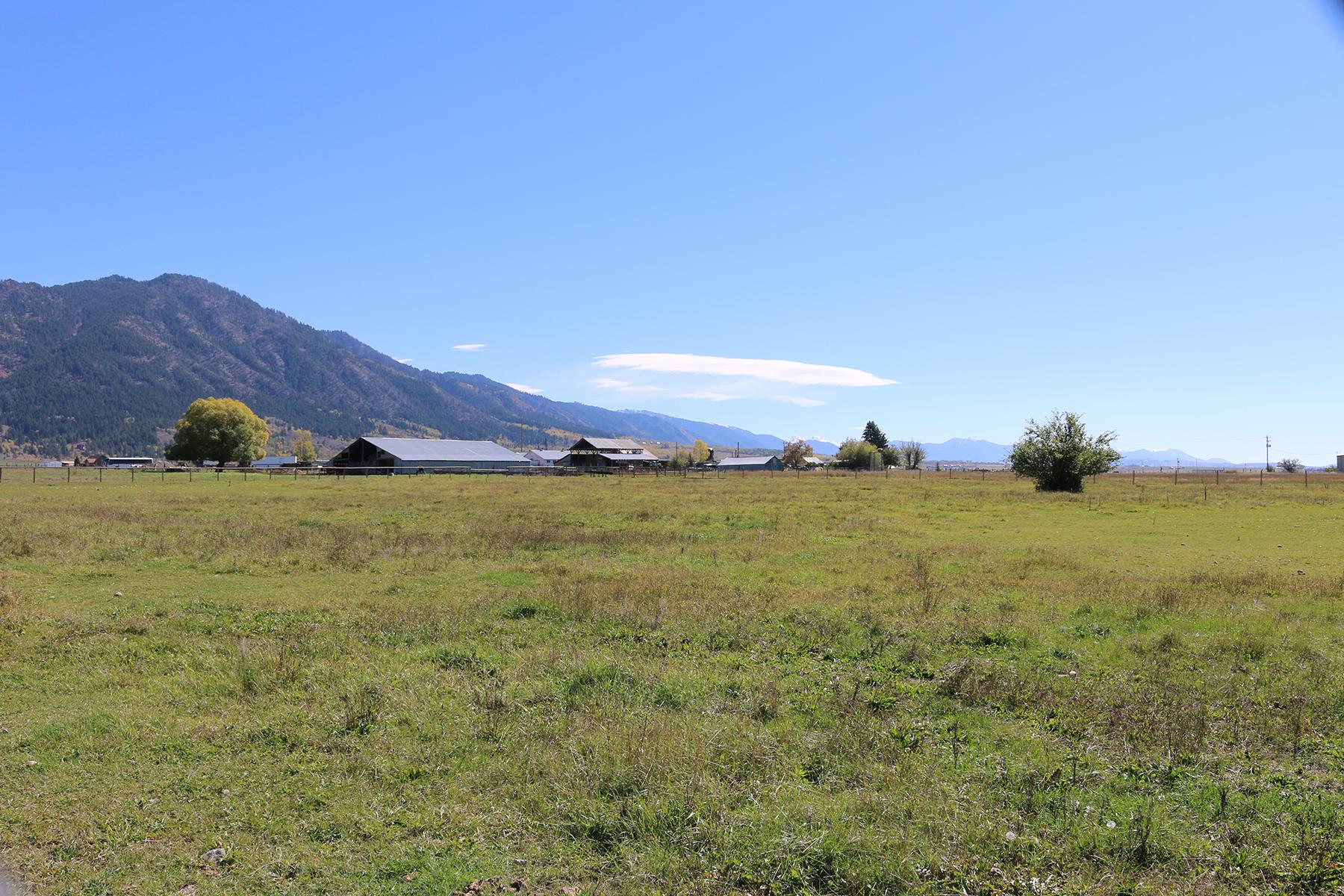 Đất đai vì Bán tại Commercial Land in Etna 4.12 Acres US Hwy 89 Etna, Wyoming 83118 Hoa Kỳ