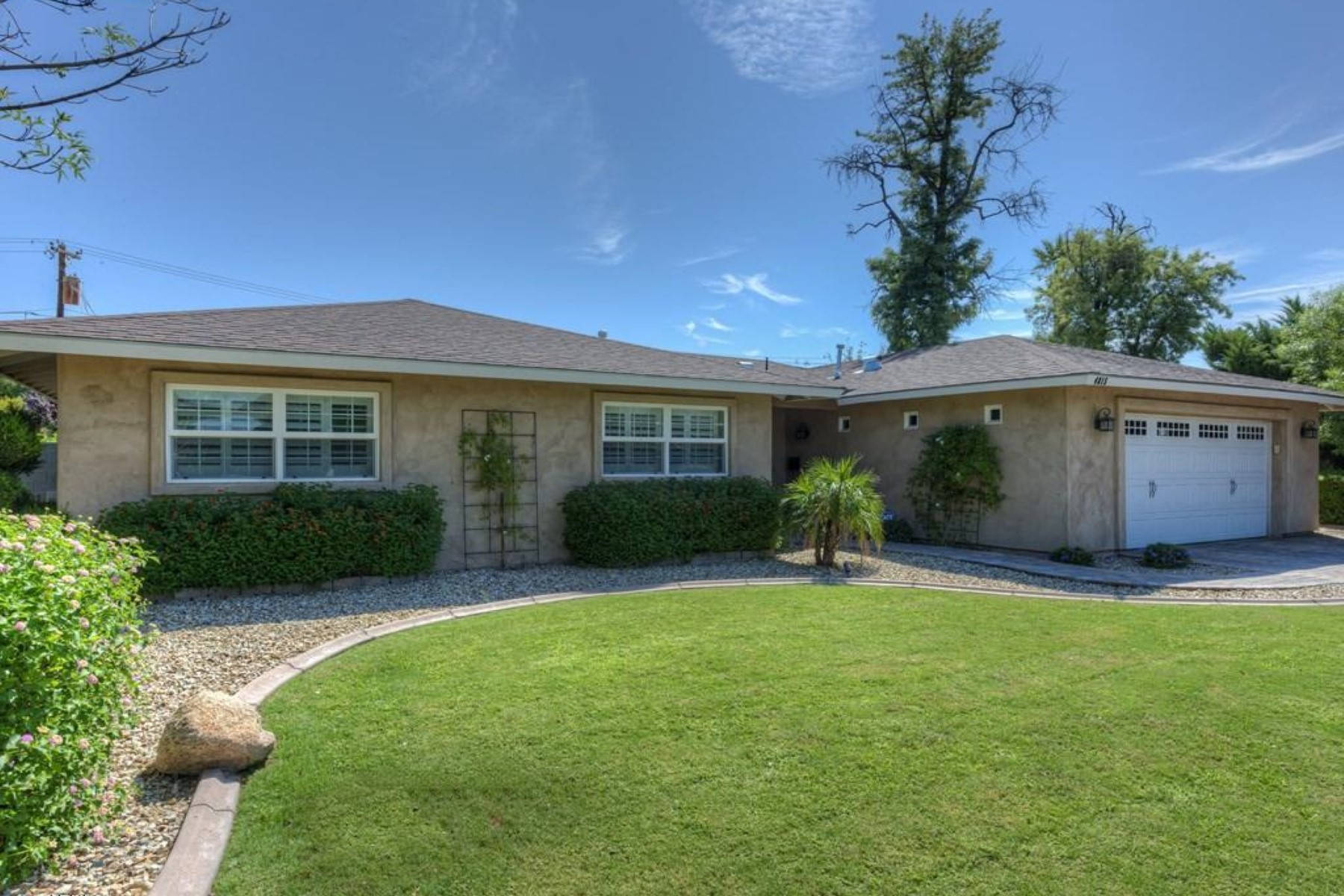 Tek Ailelik Ev için Satış at Beautifully remodeled home in the heart of the Camelback corridor 4815 N 31st St Phoenix, Arizona 85016 Amerika Birleşik Devletleri