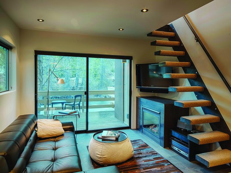 Condominio por un Venta en The Ultimate Waterfront Ski Condo 119 Picabo Street Unit D-7 Warm Springs, Ketchum, Idaho, 83340 Estados Unidos