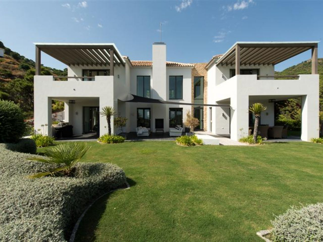 Tek Ailelik Ev için Satış at contemporary villa in Monte Mayor Benahavis, Costa Del Sol, Ispanya