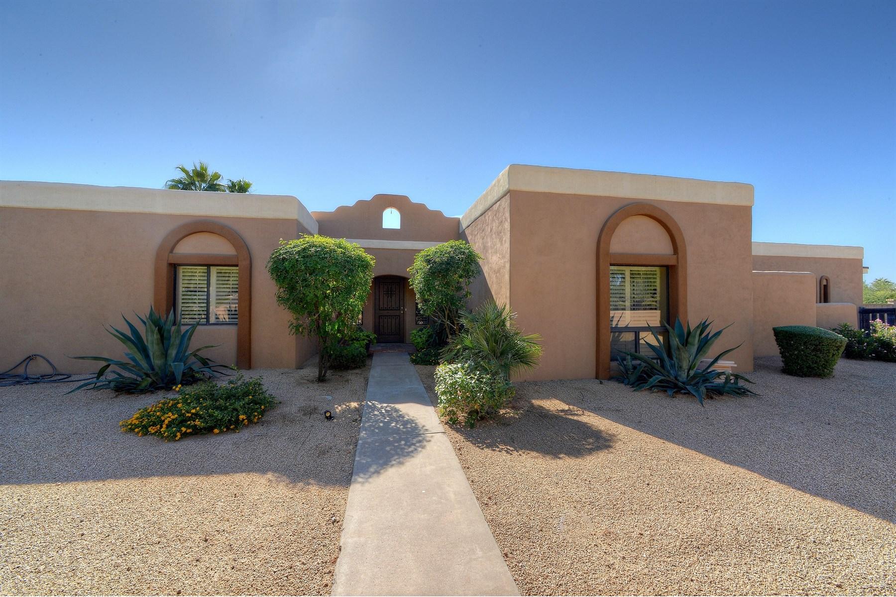 단독 가정 주택 용 매매 에 Remodeled home in the heart of a highly desirable zip code 6329 E Delcoa Avenue Scottsdale, 아리조나 85254 미국