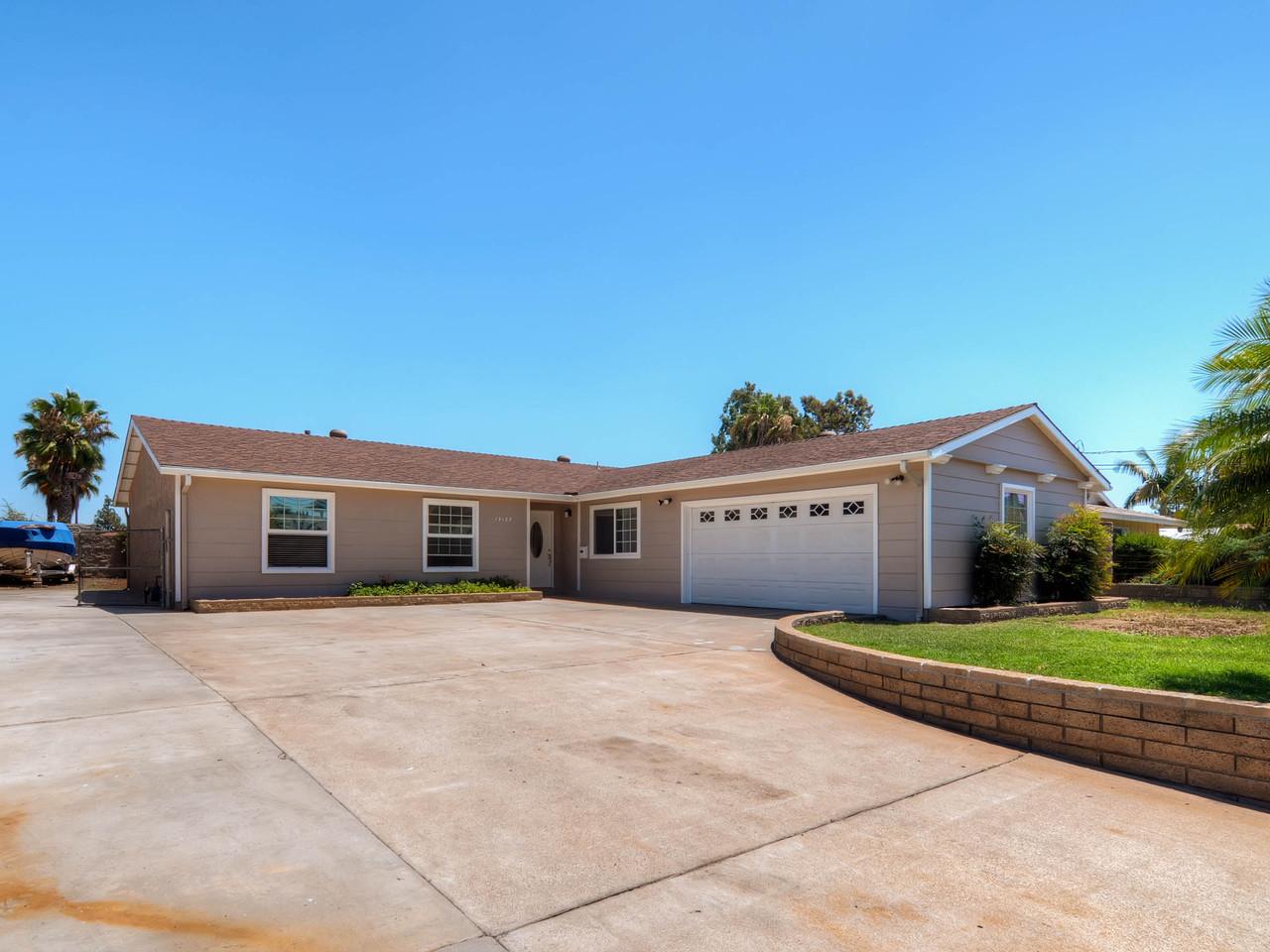 Villa per Vendita alle ore 13127 Ridgedale Drive Poway, California 92064 Stati Uniti