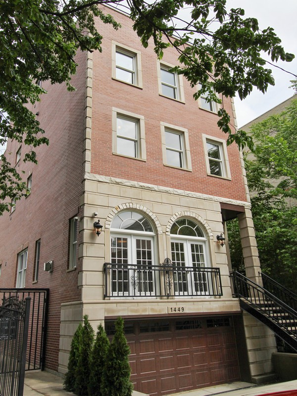 Single Family Home for Sale at Luxurious Old Town Home 1449 N Wieland Street Near North Side, Chicago, Illinois 60610 United States