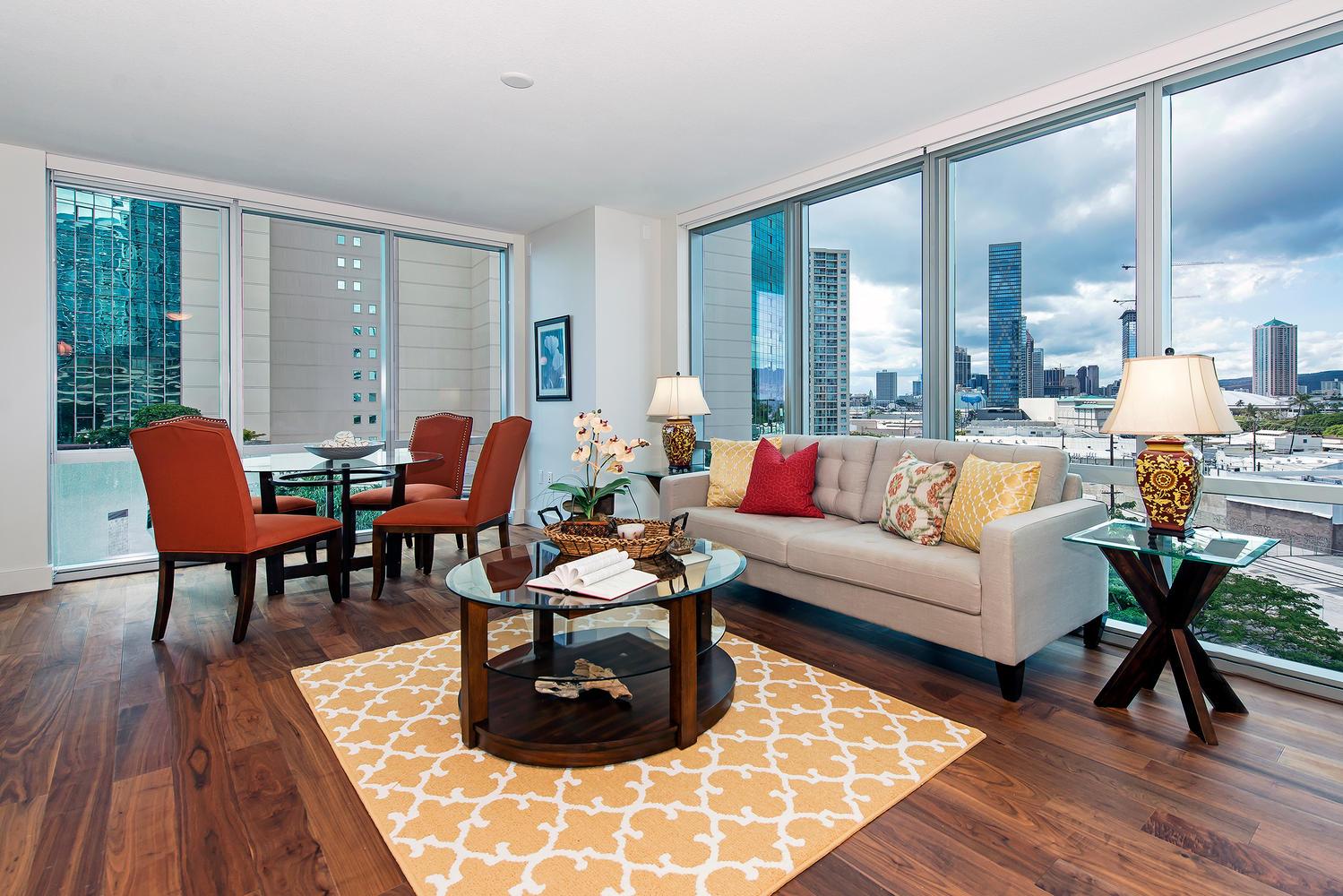 Condominium for Sale at Luxury Living 1189 Waimanu Street #709 Kakaako, Honolulu, Hawaii 96814 United States