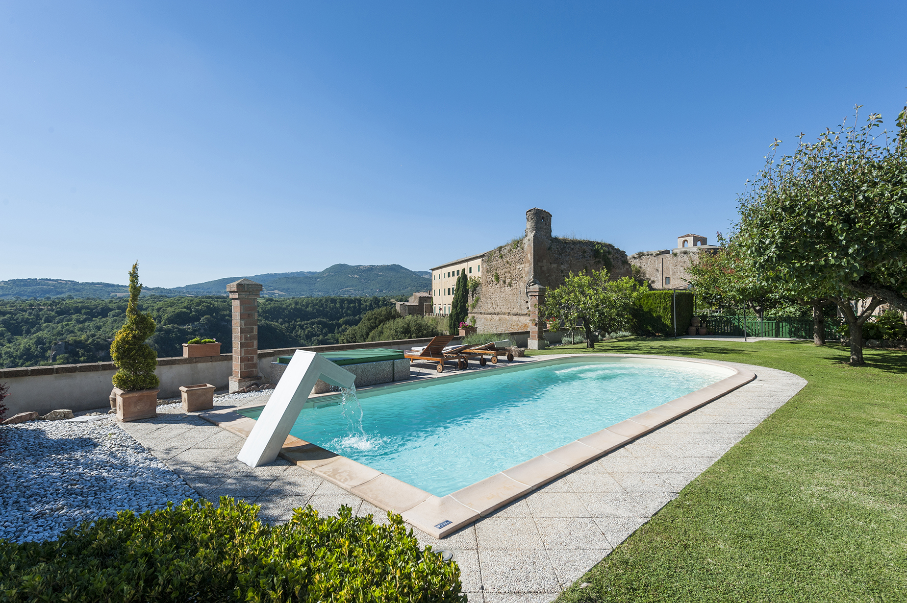 Additional photo for property listing at Elegant residence in the lower tuscan Maremma Sorano, Grosseto Italy