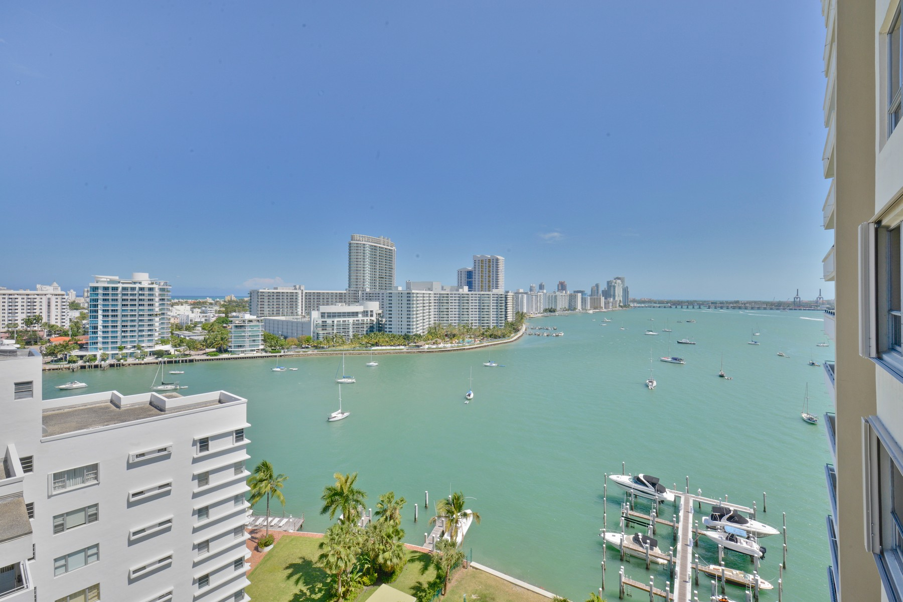Condominio per Vendita alle ore 11 Island Av #1504 Miami Beach, Florida 33139 Stati Uniti