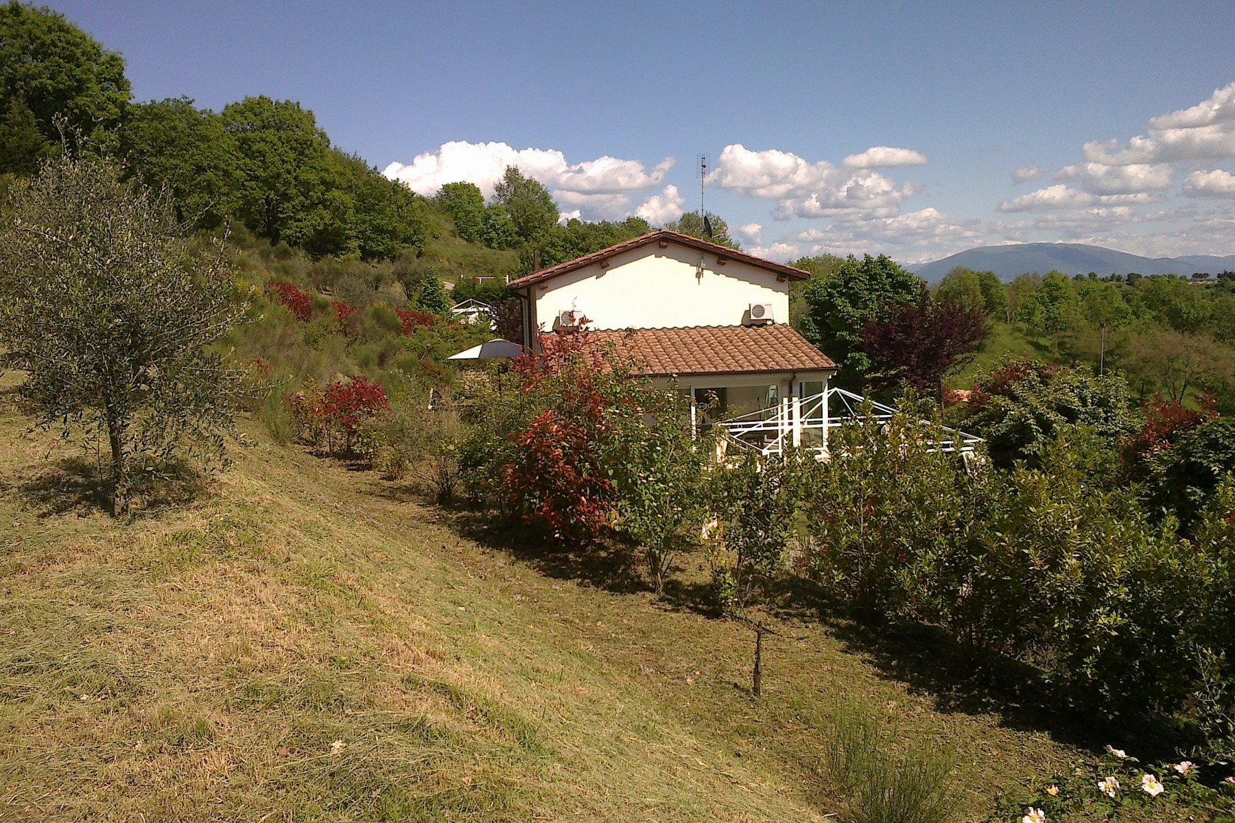 Additional photo for property listing at Design house overlooking Perugia Montelaguardia Perugia, Perugia 06135 Italy