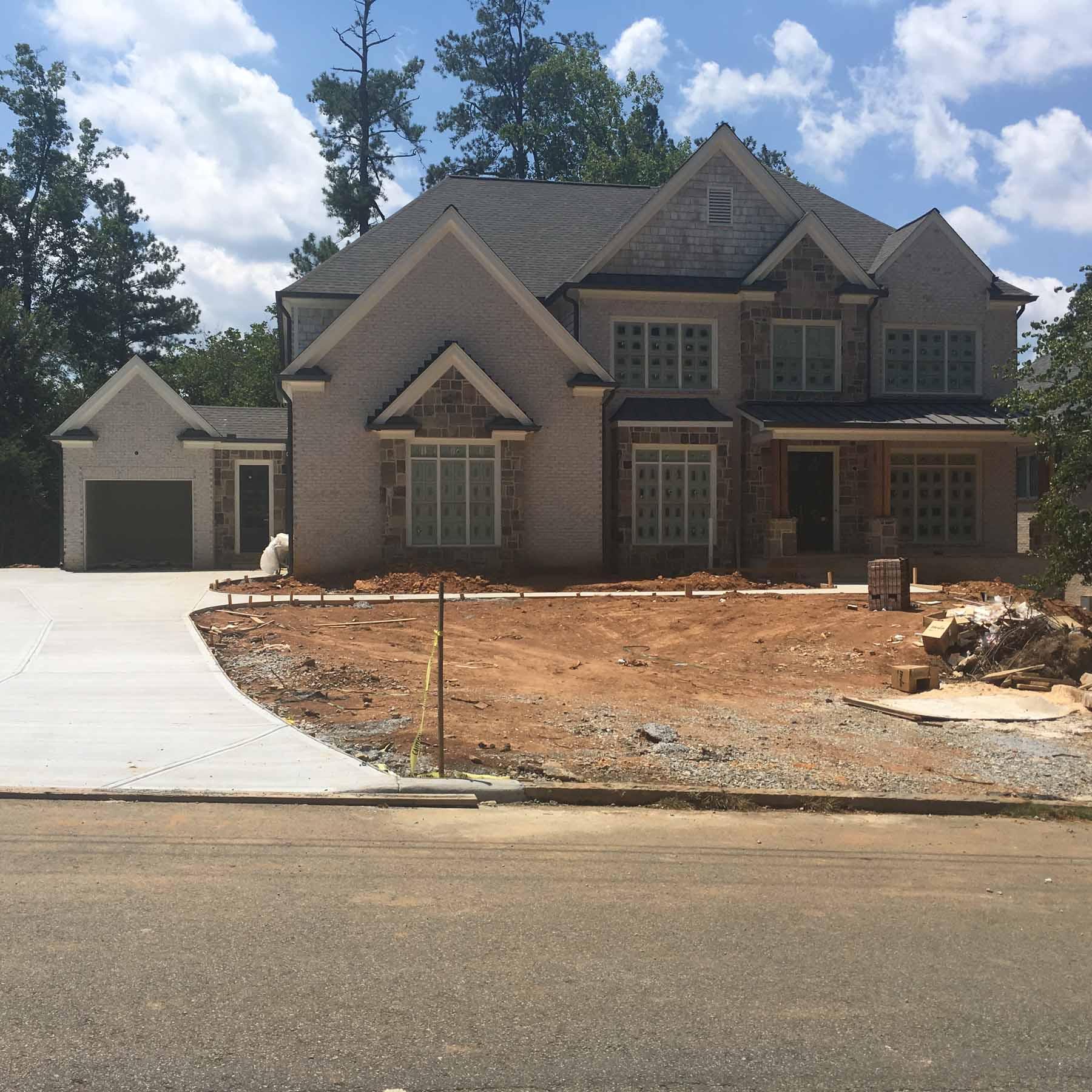 Maison unifamiliale pour l Vente à Custom Home Under Construction 580 High Point Lane Atlanta, Georgia, 30342 États-Unis