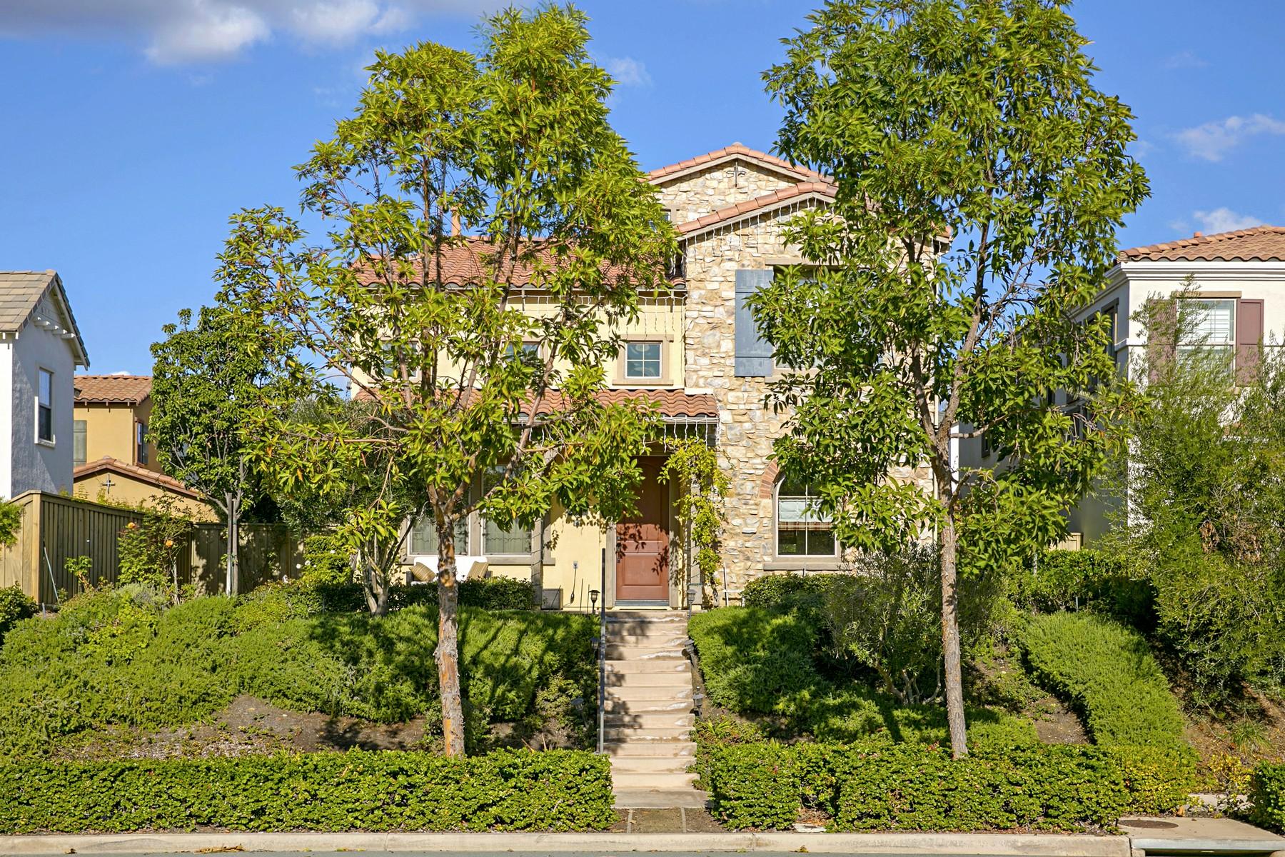 Maison unifamiliale pour l Vente à 8360 Bristol Ridge Lane San Diego, Californie 92127 États-Unis