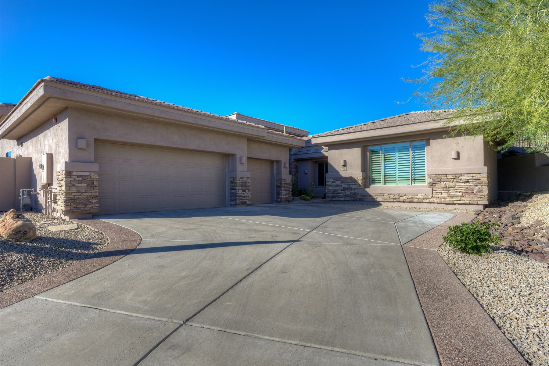 Single Family Home for Sale at Fabulous, semi-custom home in coveted Whistling Rock 550 E Mountain Sage Dr Phoenix, Arizona 85048 United States