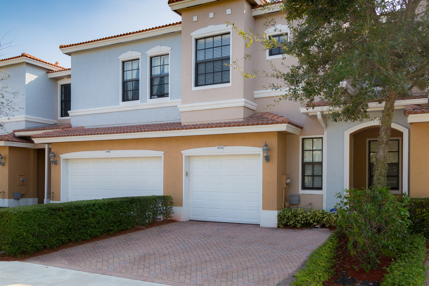 Townhouse for Sale at 5052 S Astor Cir , Delray Beach, FL 33484 Delray Beach, Florida, 33484 United States