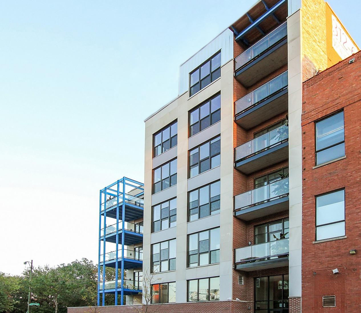 단독 가정 주택 용 매매 에 Base 16 Lofts 1600 S Jefferson Street Unit 504 Pilsen (Lower West Side), Chicago, 일리노이즈 60616 미국