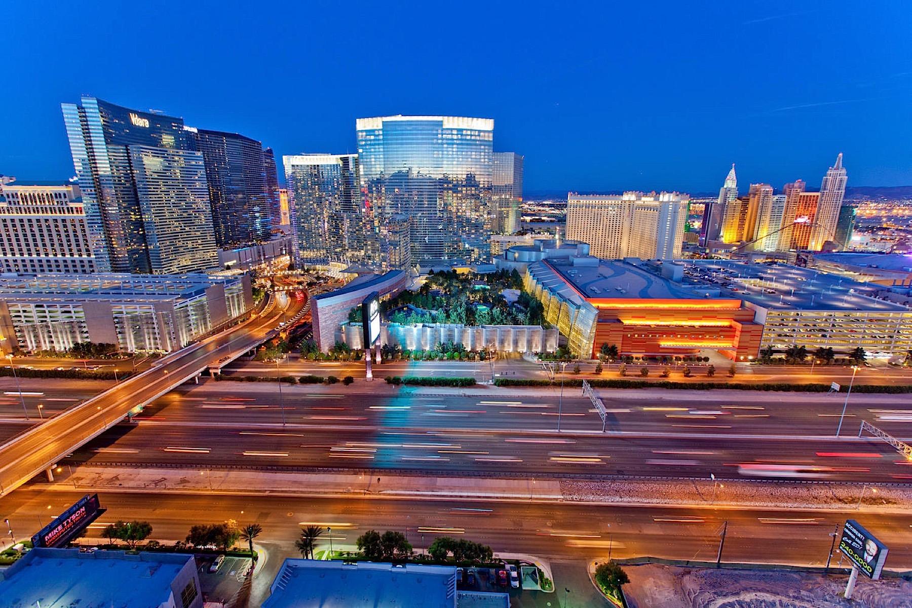 Другая жилая недвижимость для того Продажа на 4575 Dean Martin DR #2905 Las Vegas, Невада, 89103 Соединенные Штаты