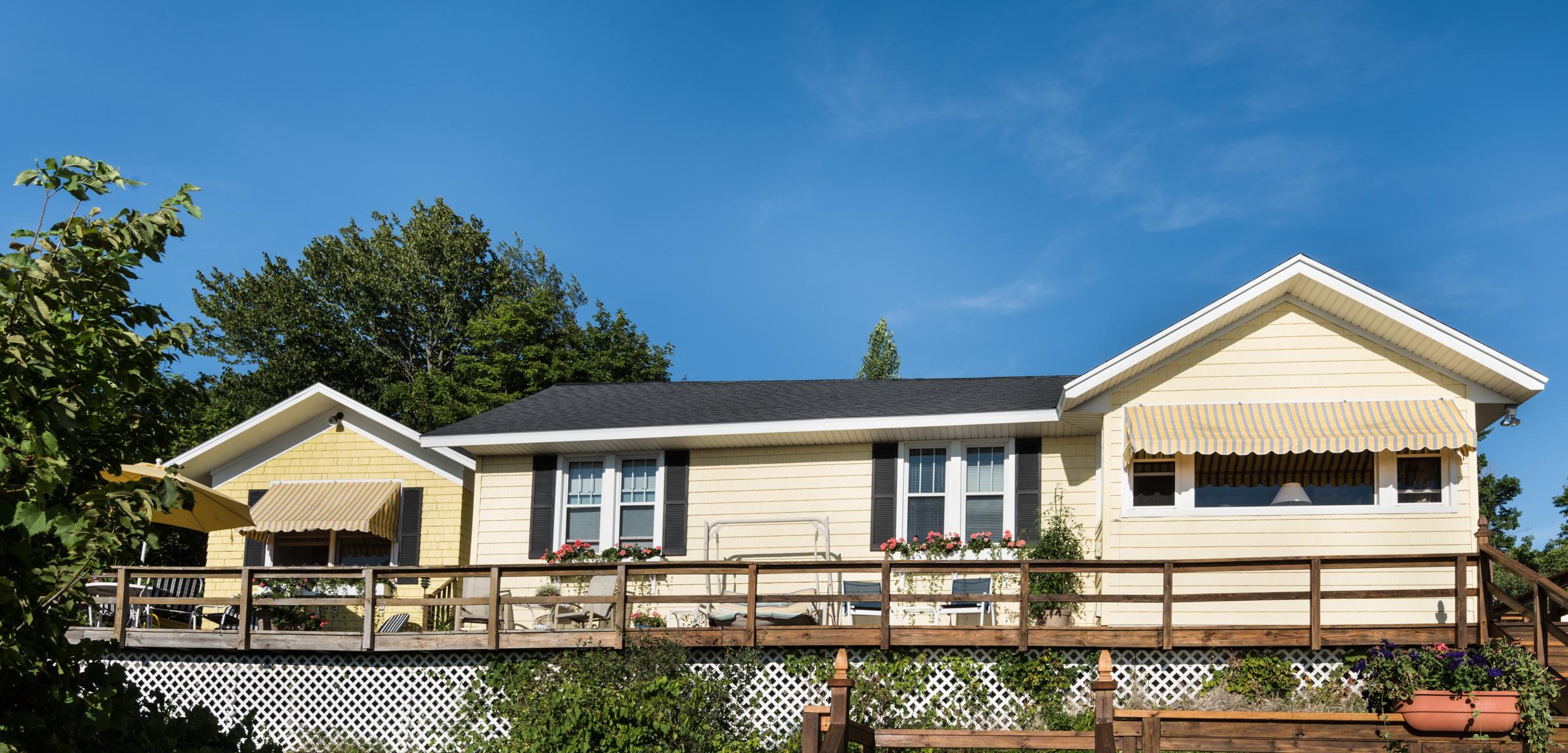 Nhà ở một gia đình vì Bán tại Unencumbered Views Of Lake Michigan 2448 Blue Bell Court Macatawa, Michigan, 49434 Hoa Kỳ