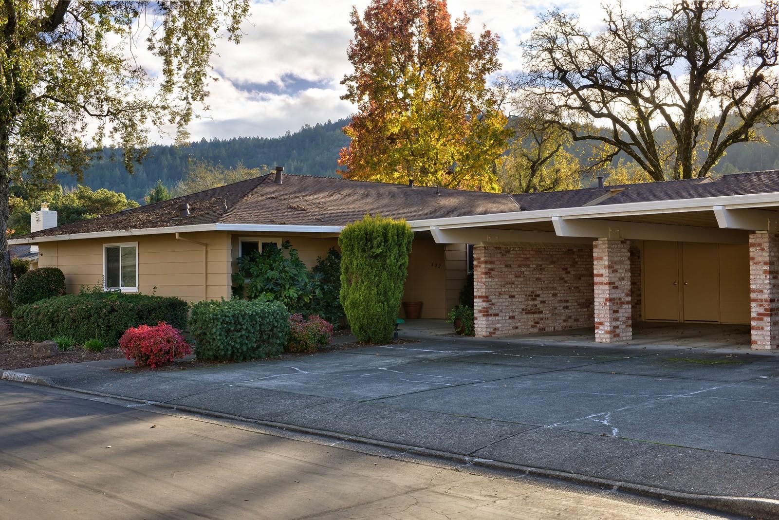 sales property at Charming Oakmont Home