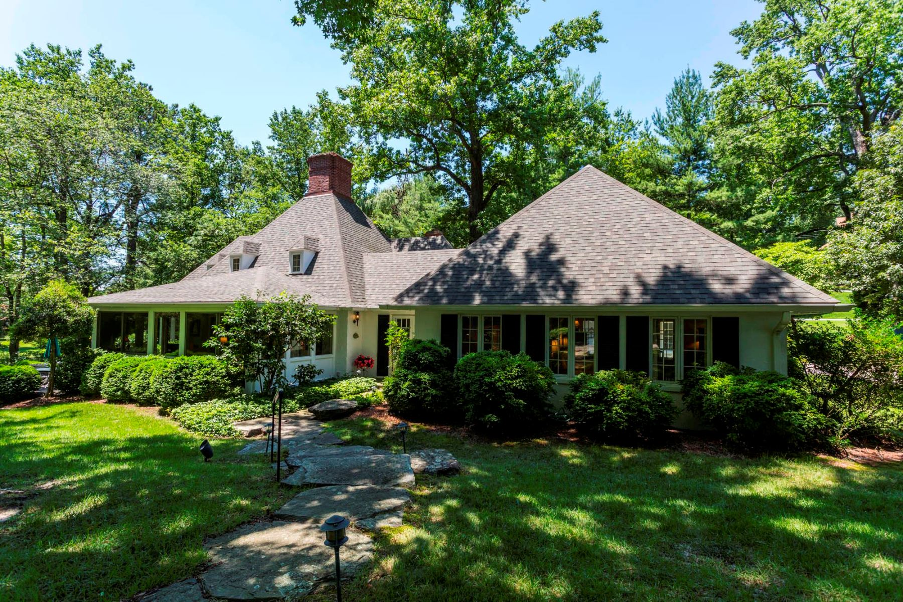 Single Family Home for Sale at 608 Kerry Beacon, Gibson Island 608 Kerry Beacon Rd Gibson Island, Maryland 21056 United States