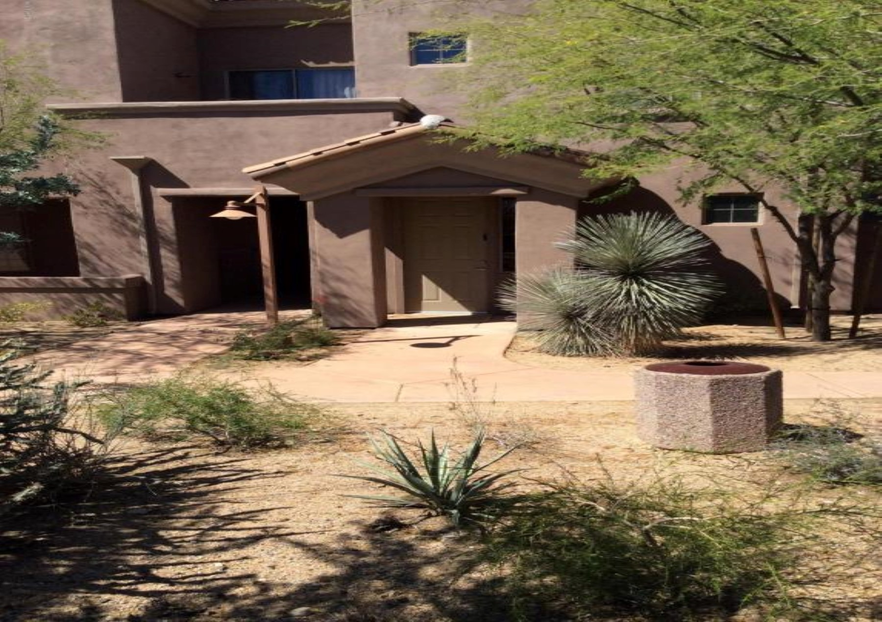 多棟聯建住宅 為 出售 在 Townnhouse With Sparkling City Light Views 20801 N 90th ST 269 Scottsdale, 亞利桑那州 85255 美國