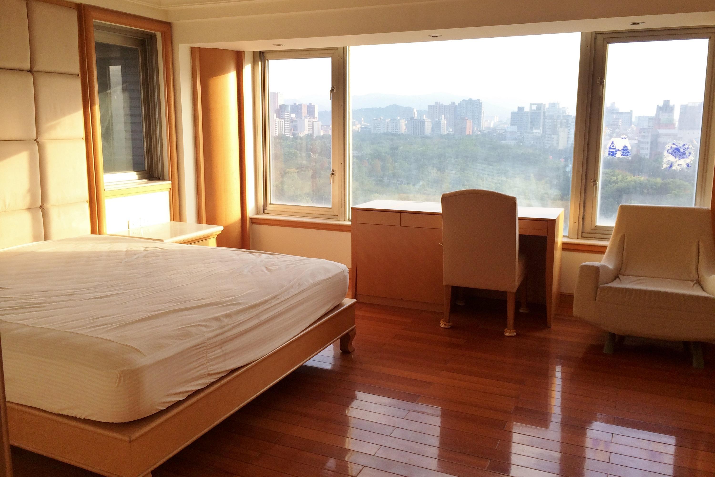 獨棟家庭住宅 為 出售 在 大安森林公園~艾菲爾 Sec. 3, Xinyi Rd., Da'an Dist. Taipei City, 106 台灣
