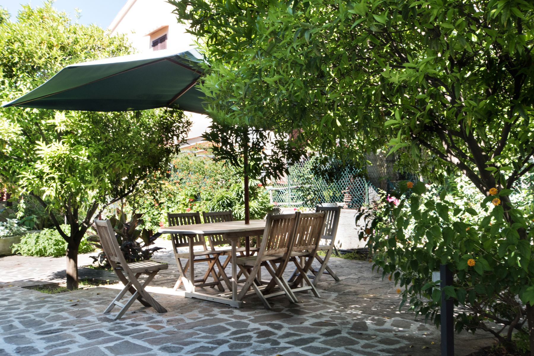 Property For Sale at Discreet villa with garden on Elba