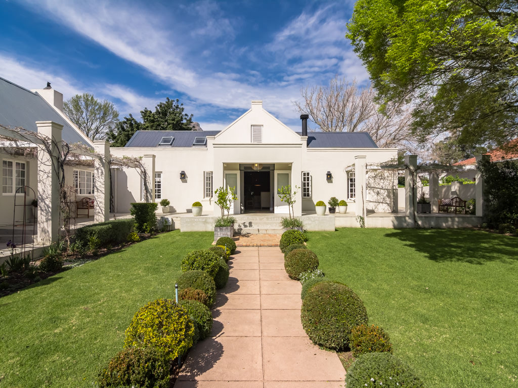 Property For Sale at Exquisite Stellnbosch Family Home