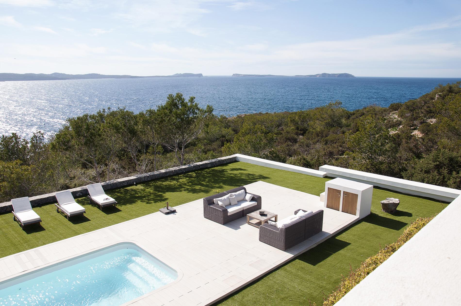Einfamilienhaus für Verkauf beim Frontline Minimalistische Villa In Cap Negret Ibiza, Ibiza 07820 Spanien