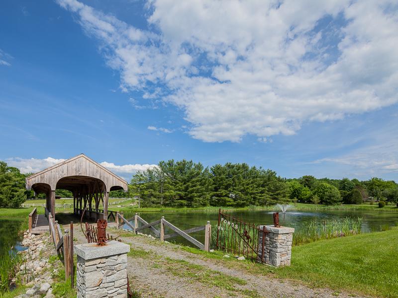 Maison unifamiliale pour l Vente à Twin Ponds Farm 55 Cobbossee Rd Monmouth, Maine 04259 États-Unis